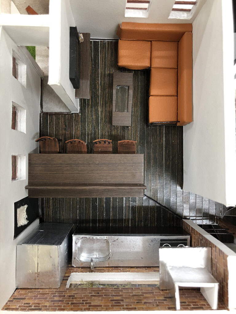 【二階俯瞰図】二階は家族で集まる生活空間をメインとして計画した。※ 上:リビング 中:ダイニング 下:キッチン