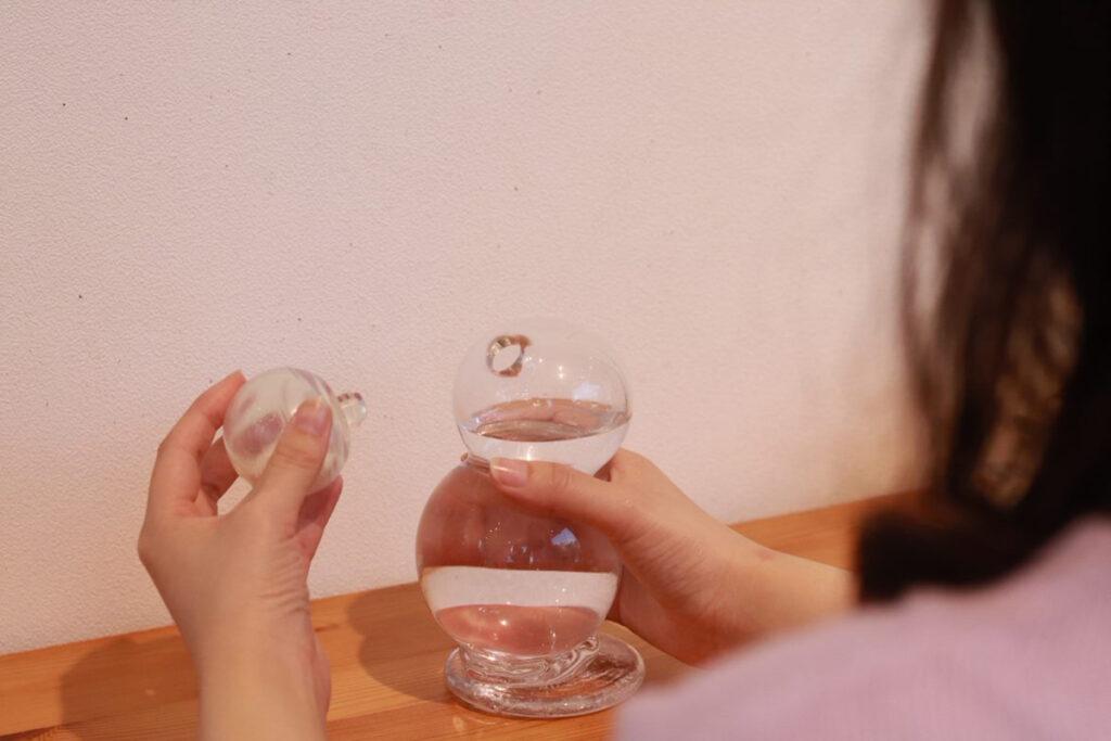 あなたのスキンケアタイムを支える、楽しませる水硝。