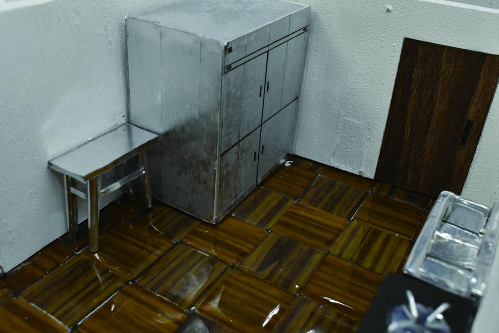 厨房は災害時にカフェのキッチンを利用し 、炊き出しができる計画にしました。 また多くの非常食を備蓄することができます。