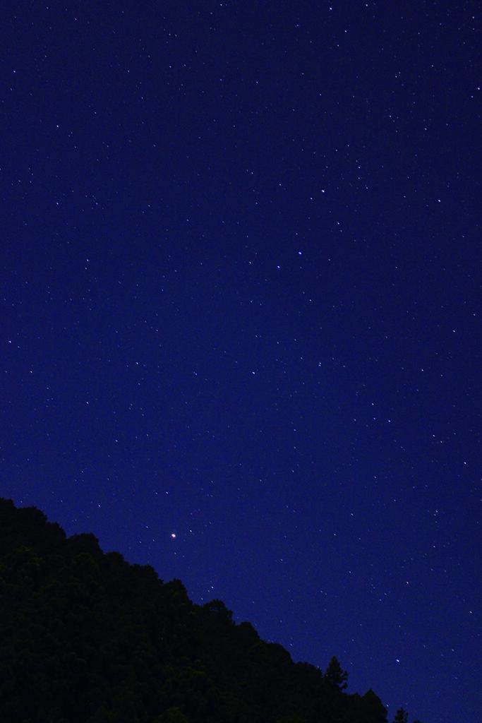 山間部の星空